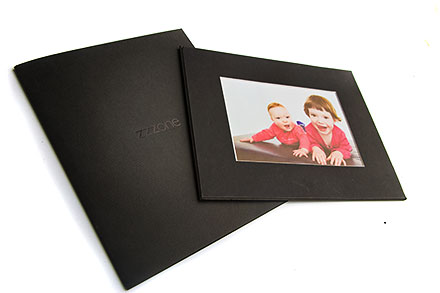 zzzone mounted photo in folder