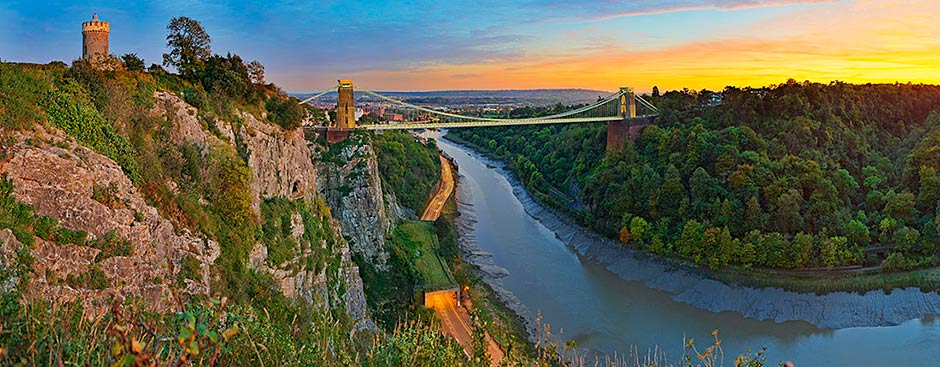 Observatory and Clifton Suspension Bridge over Avon Gorge