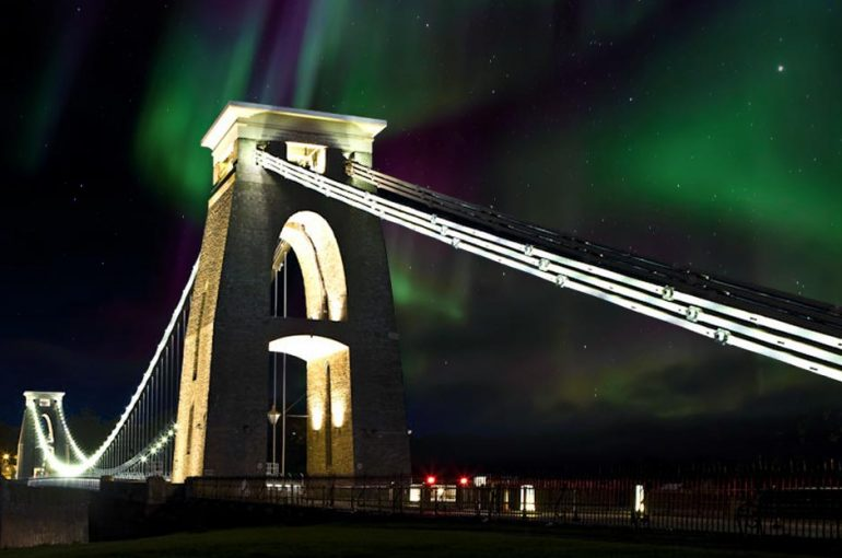 Northern Lights seen over the Clifton Suspension Bridge!